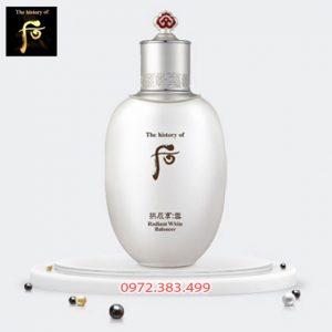 Nước cân bằng dưỡng trắng Whoo Radiant White Balancer cho da mịn màng