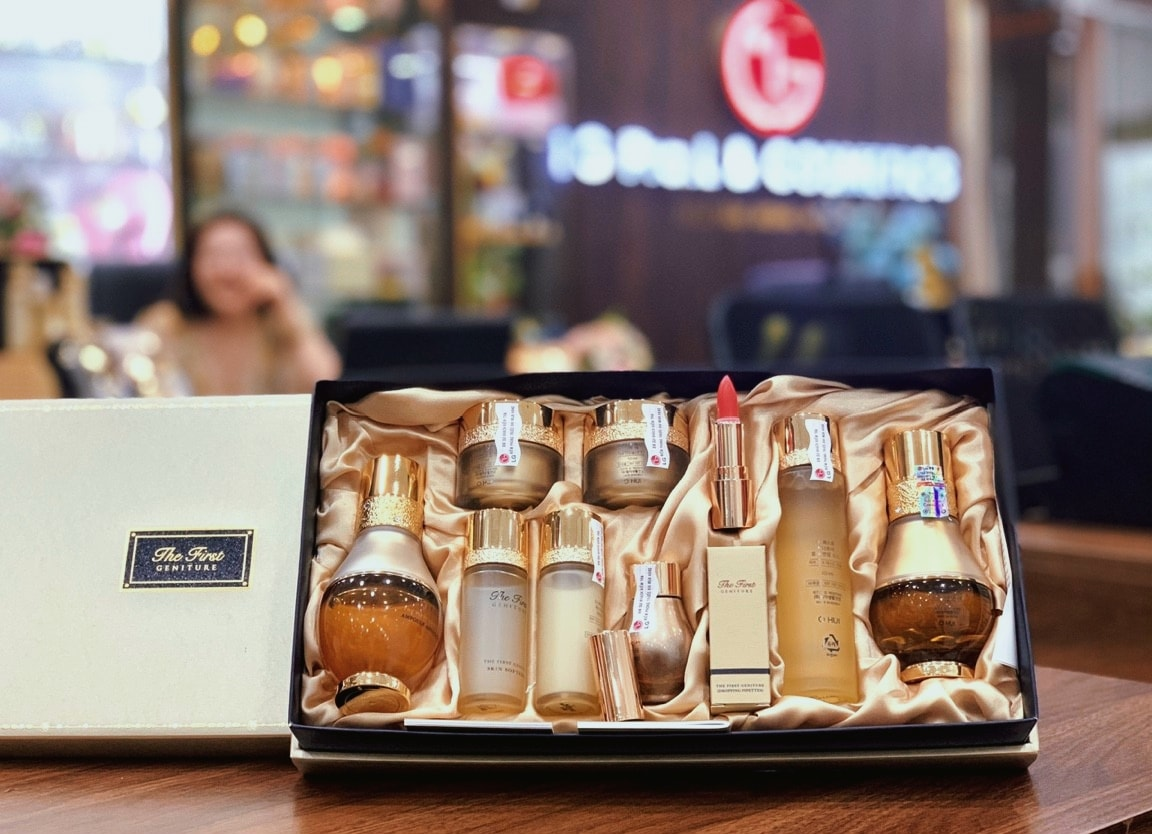 OHUI THE FIRST AMPOULE – SET Tinh Chất Vang THE FIRST THẾ HỆ MỚI